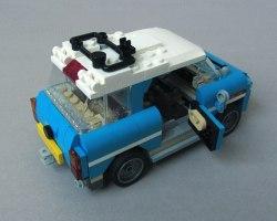 LEGO Creator, Camper Van (31108), Car, Aft Right View